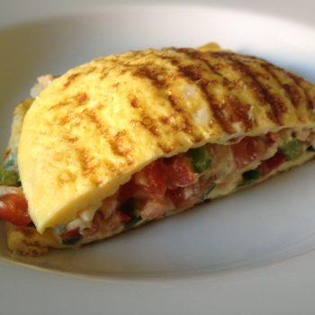Omelete com Salmão para você inovar na cozinha. Imagem: (Divulgação)