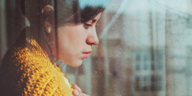Sentimentos como tristeza e ansiedade podem fazer com que você exagere no açúcar