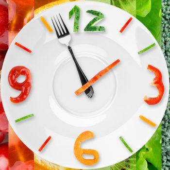 Comer de 3 em 3 horas. Imagem: (Divulgação)