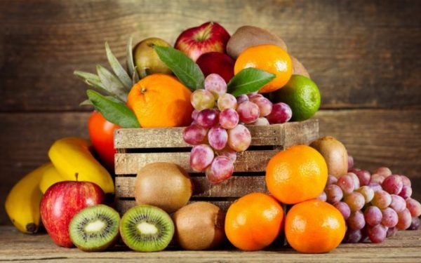 Disease-Fighting-Fruits-to-Maintain-Your-Health-1024x640