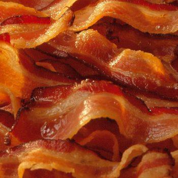 EMAGRECER Comendo Bacon. Imagem: (Divulgação)