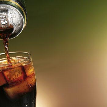 Refrigerante faz Mal a Saúde? Conheça 5 Malefícios. Imagem: (Divulgação)