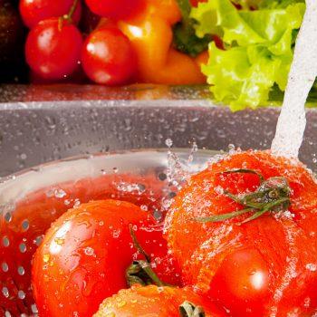 Como Lavar Bem Frutas e Verduras?