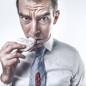 Perigos da Fome Noturna. Imagem: (Divulgação)
