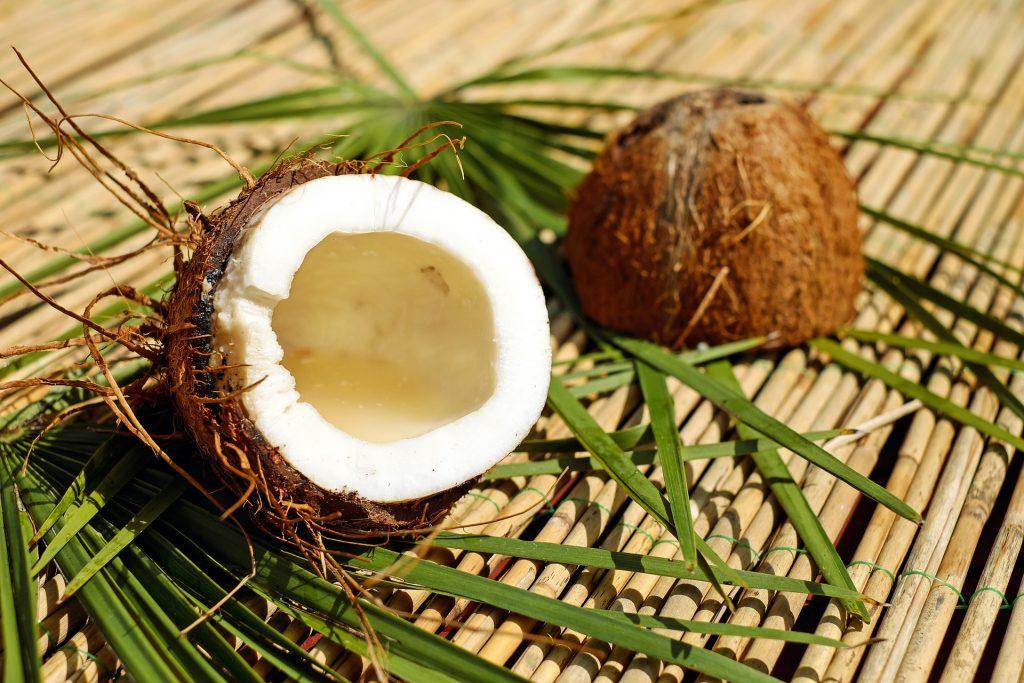 O leite de coco é uma boa fonte de várias vitaminas e minerais.