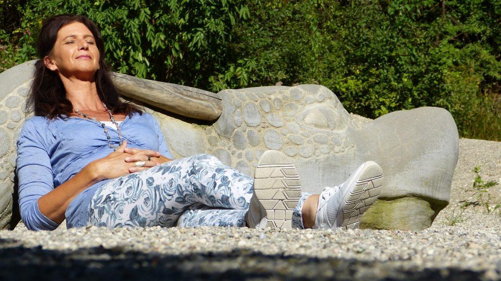 Alimentação na menopausa ajuda a lidar com os sintomas do período