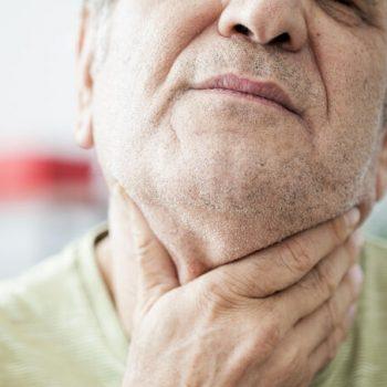 como curar dor de garganta