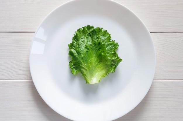 Ingerir poucas calorias atrapalham seu emagrecimento.