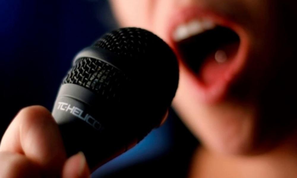 Uso da máscara causa dúvidas sobre a voz.